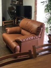higa.sofa3.jpg
