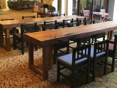 karasawa-table-1.jpg
