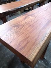karasawa-table-4.jpg